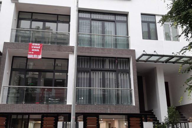 Công trình cửa gỗ Gravo nhà Chị Huyền KĐT HD Mon Mỹ Đình